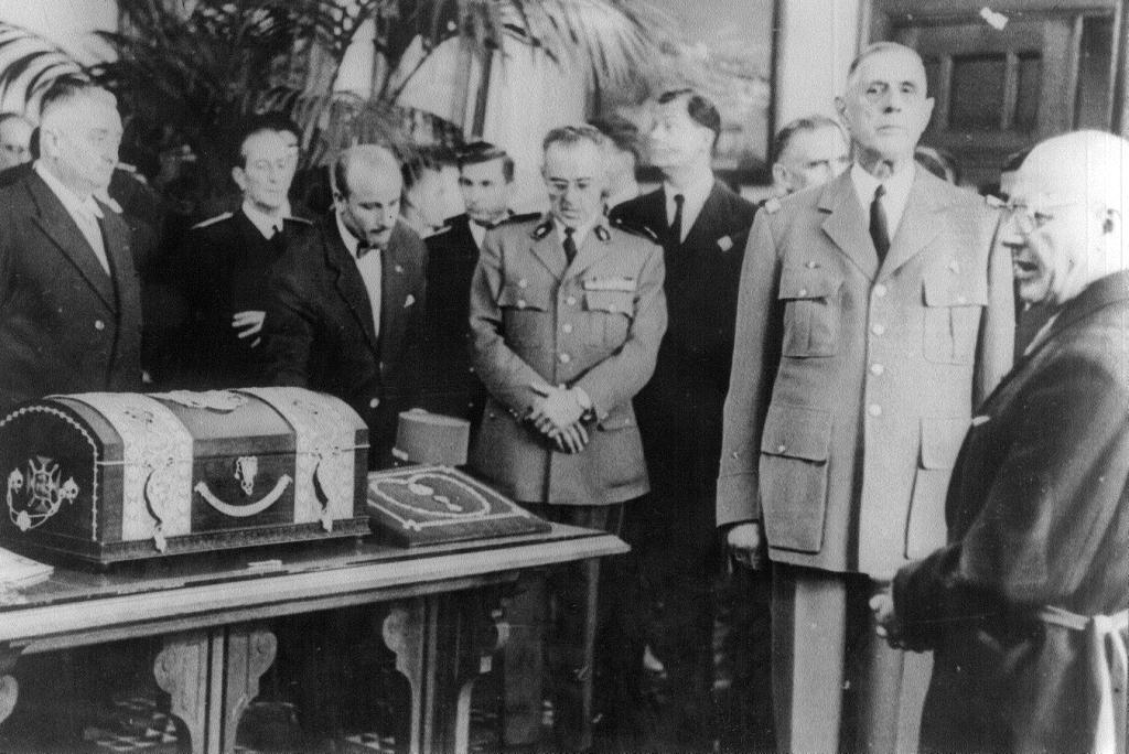 1890 l 39 acte de naissance de charles de gaulle archives - Piscine charles de gaulle ...